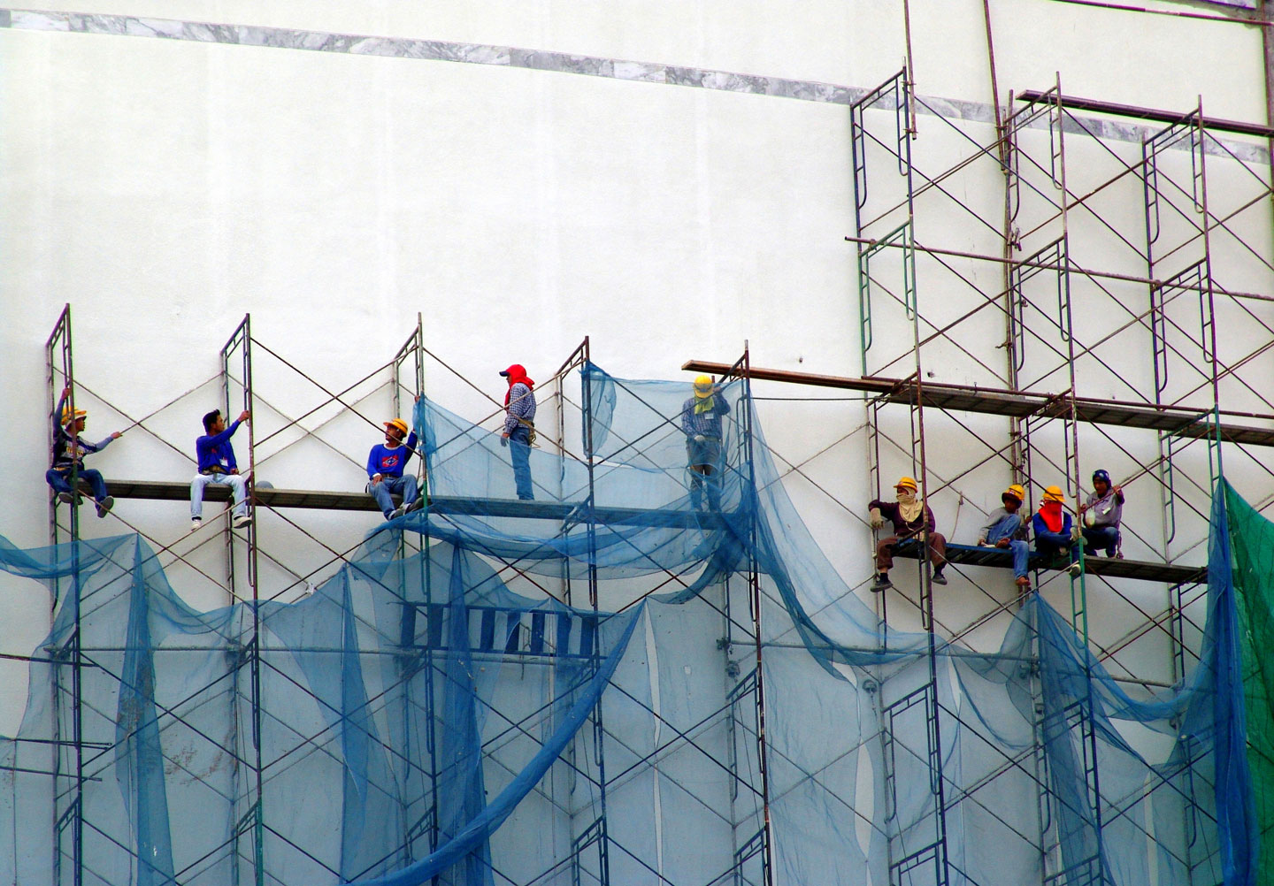 schwindelfrei am Bau - Martin Abegglen Bangkok Construction Workers - CC BY-SA 2.0